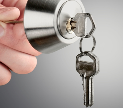 Call the Best Locksmith in Edmond to Come to Your Rescue